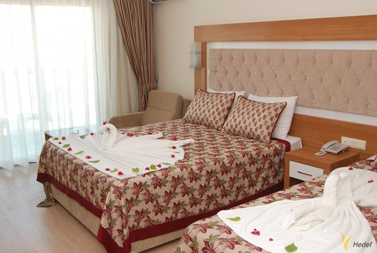 Почивка в HEDEF BEACH RESORT & SPA