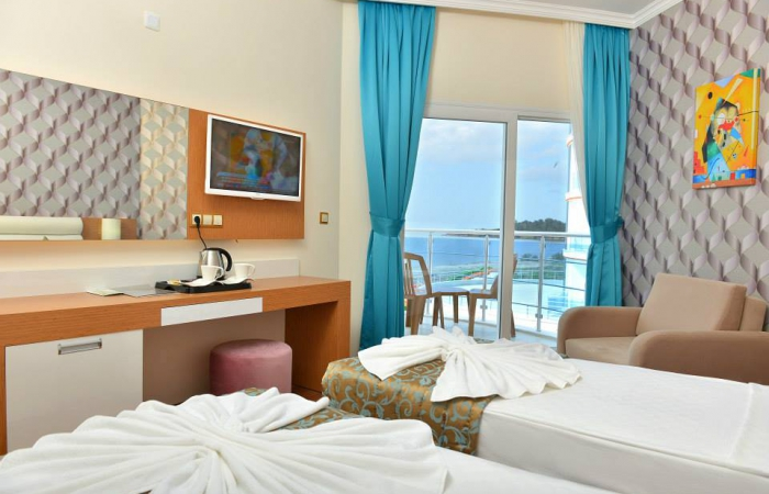 Почивка в NOTION KESRE BEACH HOTEL
