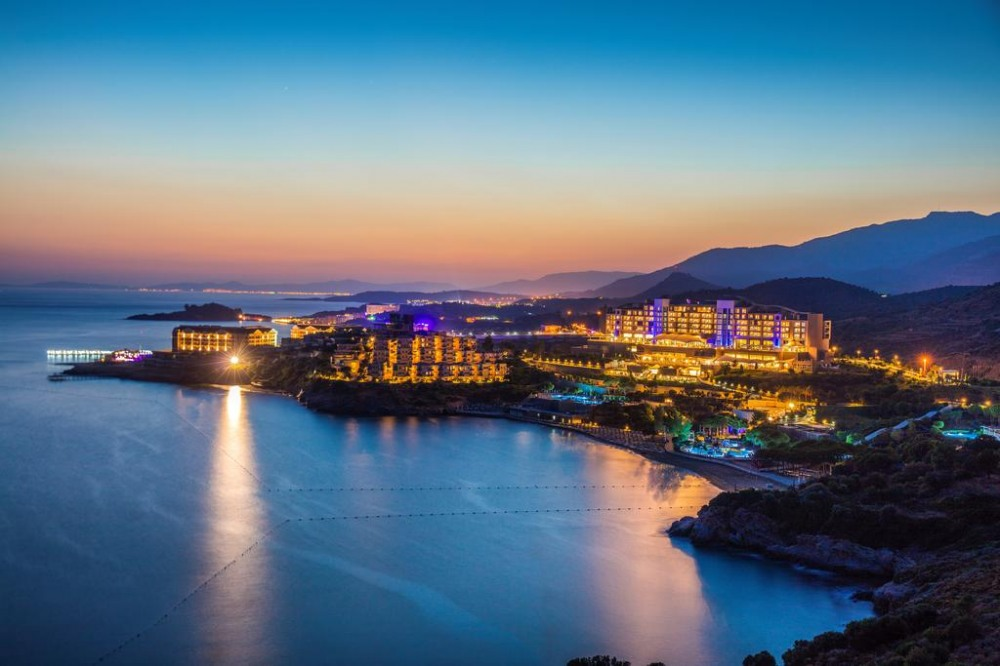 Почивка в Кушадасъ, Турция със самолет от Варна в събота - 7 нощувки