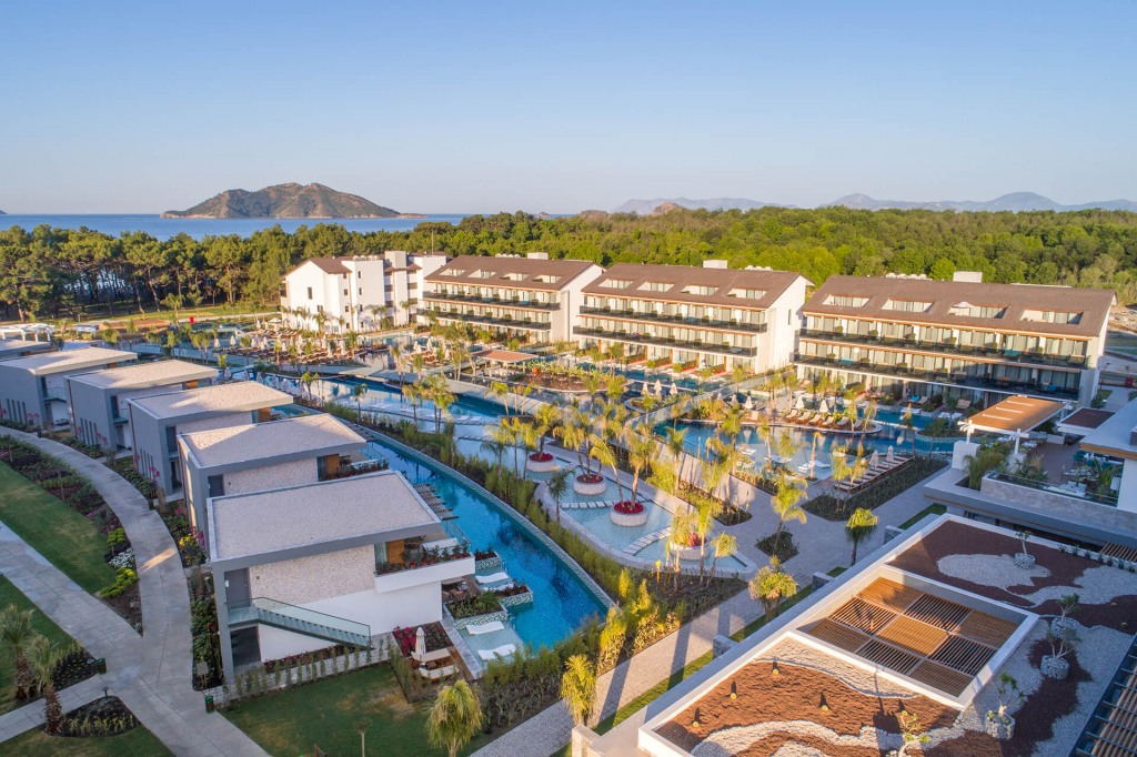 Почивка в THE RESIDENCE AT TUI SENSATORI BARUT