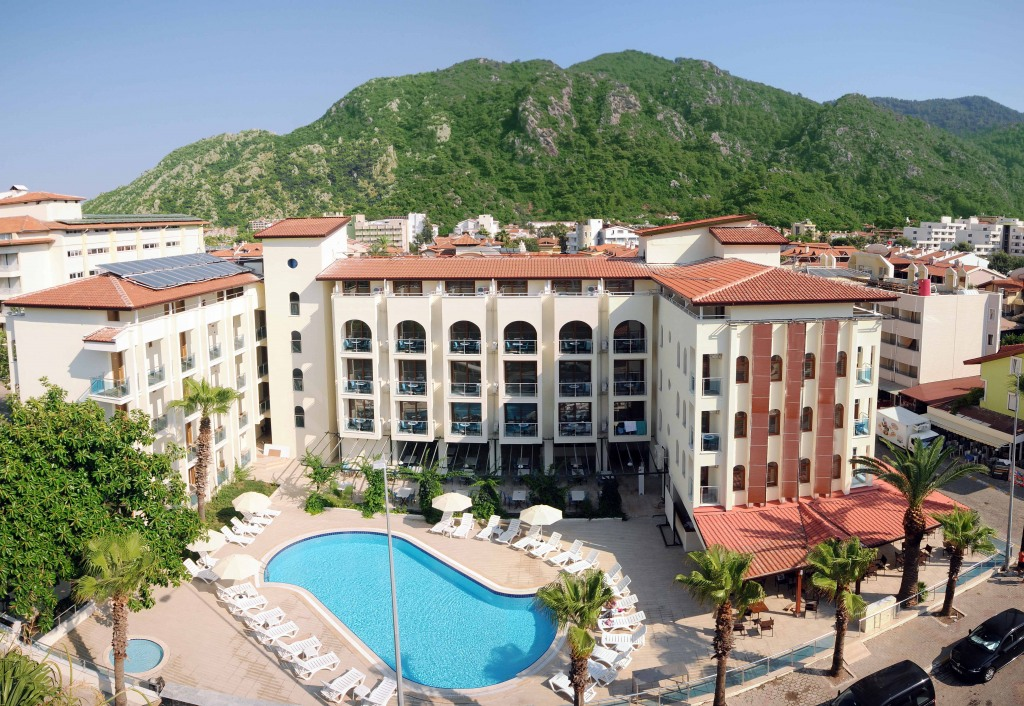 Почивка в DIANA HOTEL